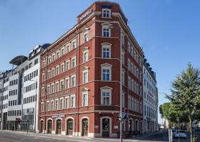 Nürnberger Straße 1